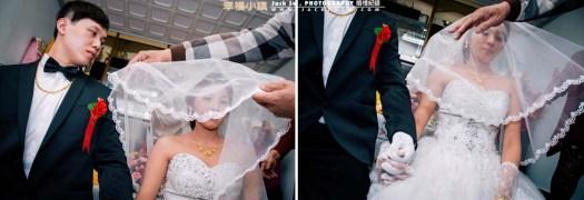 新郎官緊握的新娘的手深情看的新娘