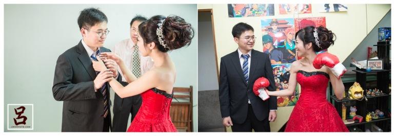新娘在幫新郎整理衣服,新娘的房間內之前留下小玩具