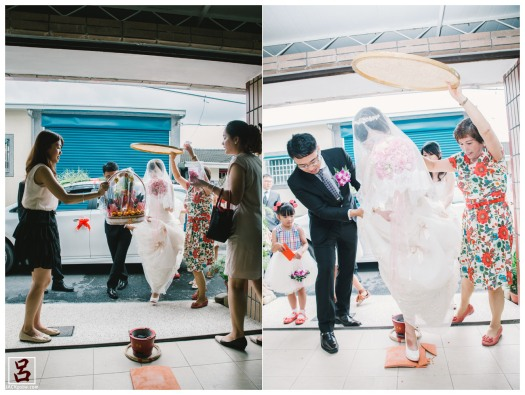 婚禮紀錄-迎娶喜宴-高雄圓山-lulu-新娘入家門踩瓦片