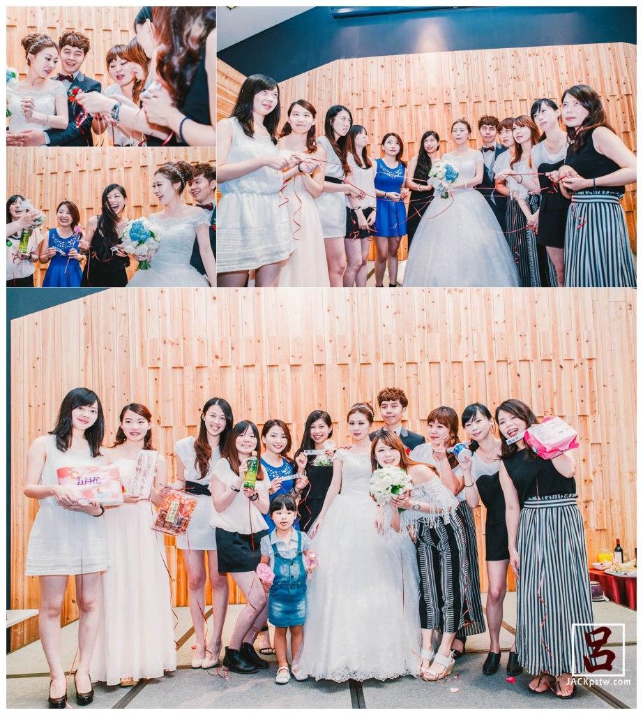 新娘特別要求拍他們全體翻白眼的畫面,抽捧花