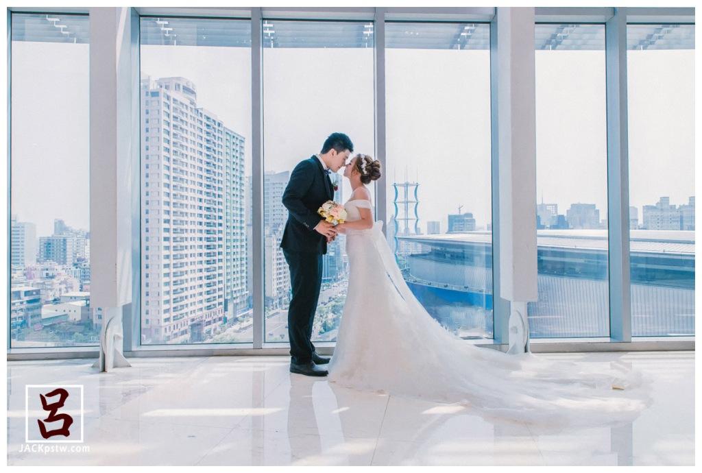 貼心的婚宴小秘書,抓出一點時間給婚攝拍一些類婚紗照