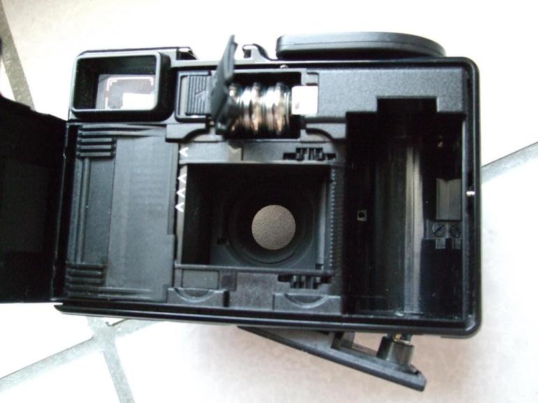 Agfa-optima-1035的內部,PX625電池室