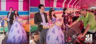 新娘換上紫色的禮服