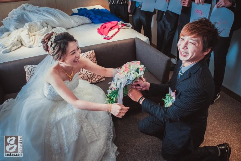 新郎新娘開心的畫面