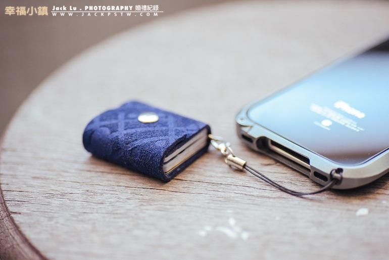 可當手機吊飾或鑰匙扣