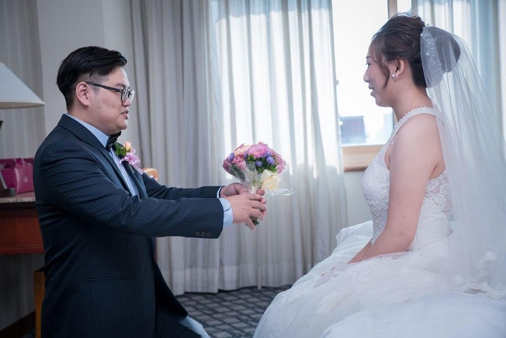 婚禮迎娶-求婚高跪姿