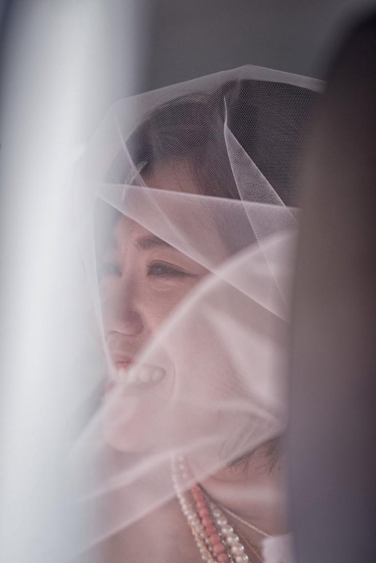 新娘開心上車表情