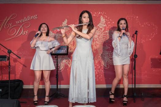 百達婚慶台上表演