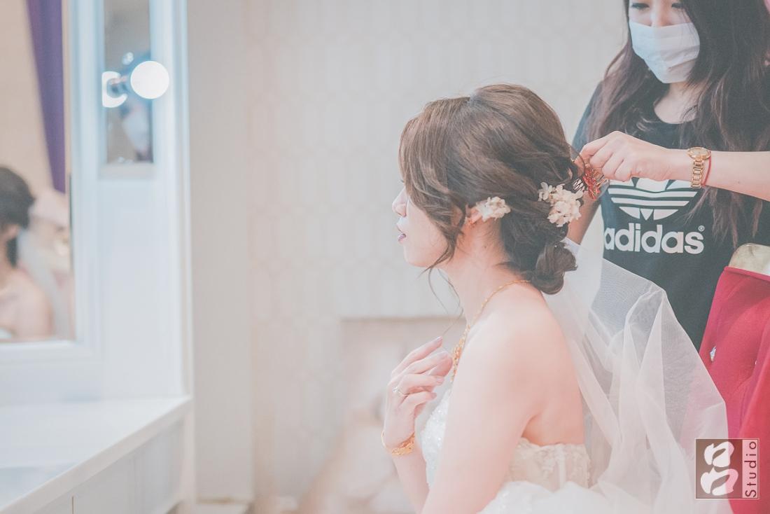 新娘做造型