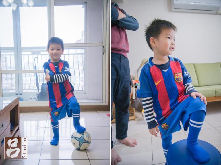 穿上足球制服的5歲小朋友