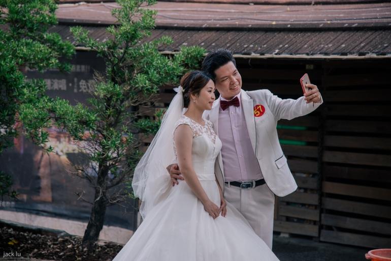 白色新郎新娘
