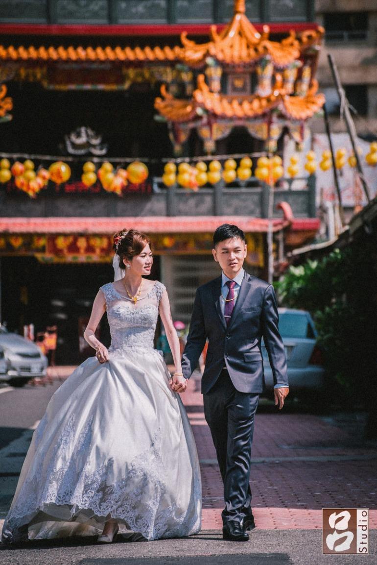 新郎新娘背景廟口