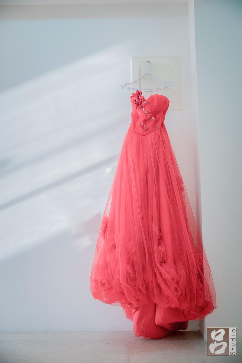 文定紅色禮服