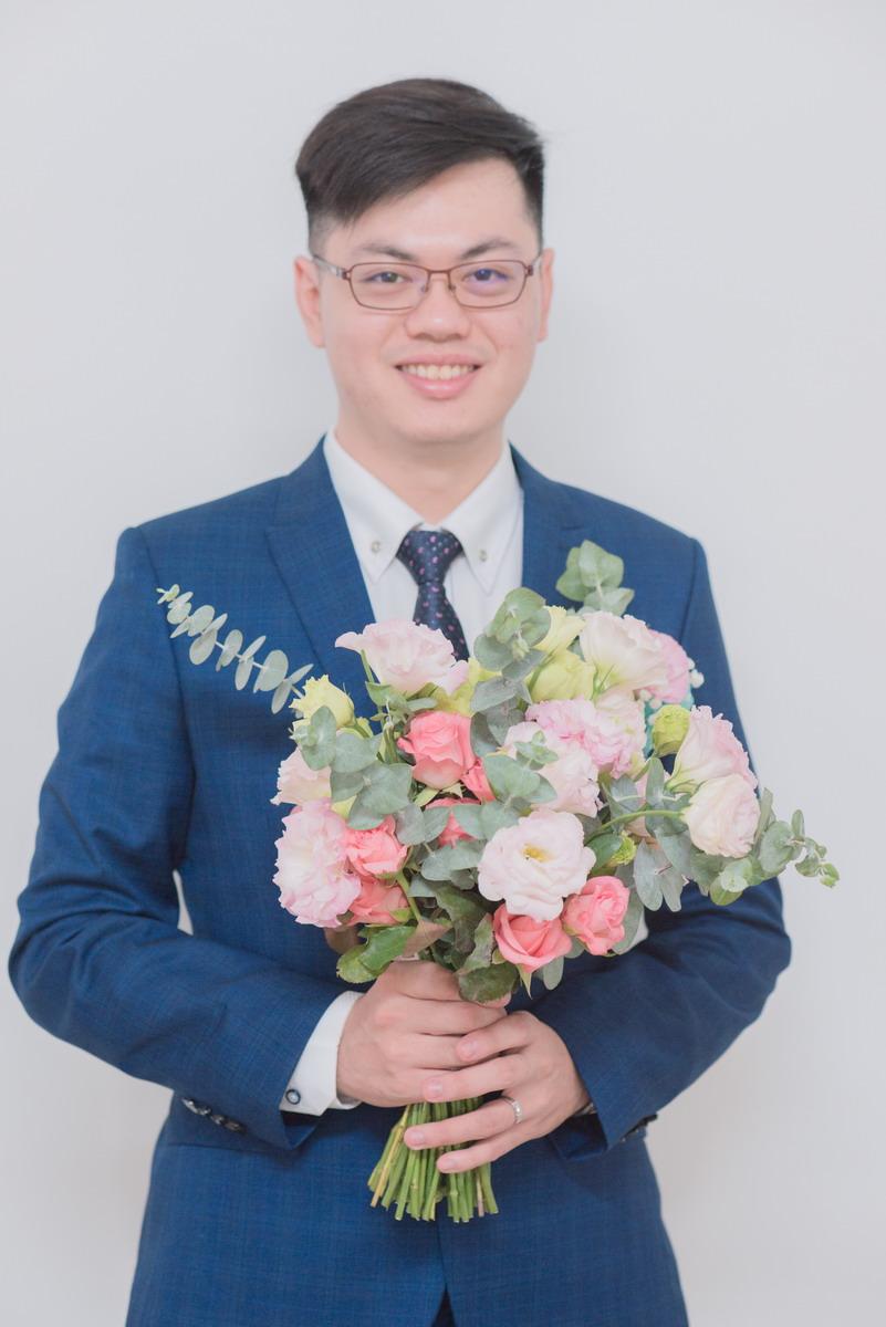 新郎與捧花
