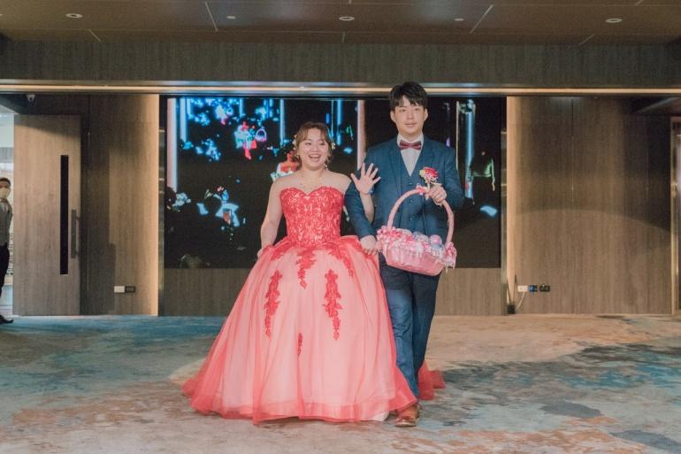 新娘大紅色禮服