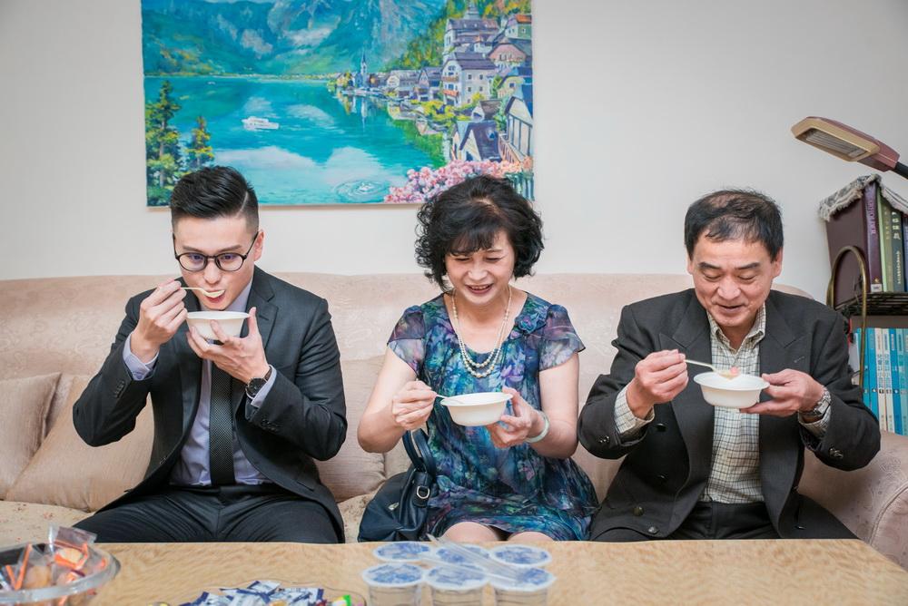 男方家人喝甜湯